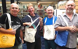 Boomerang-bags
